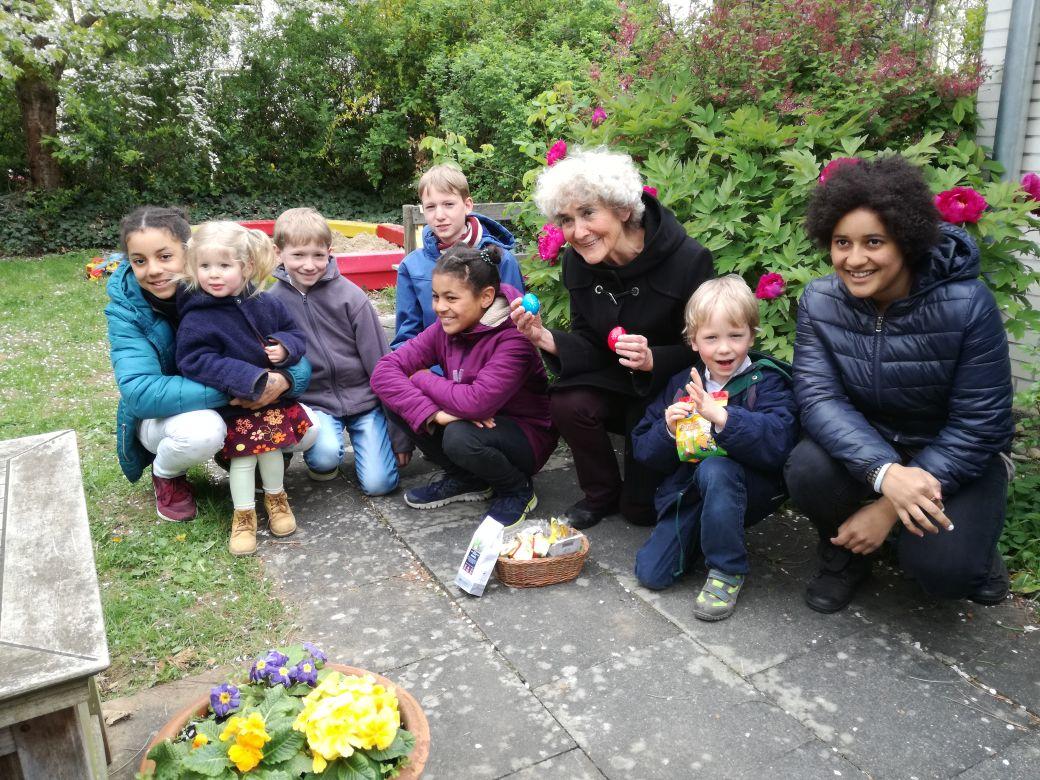 Foto - Angelika und Enkel